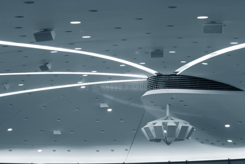 Plafond de salle de conférence photographie stock