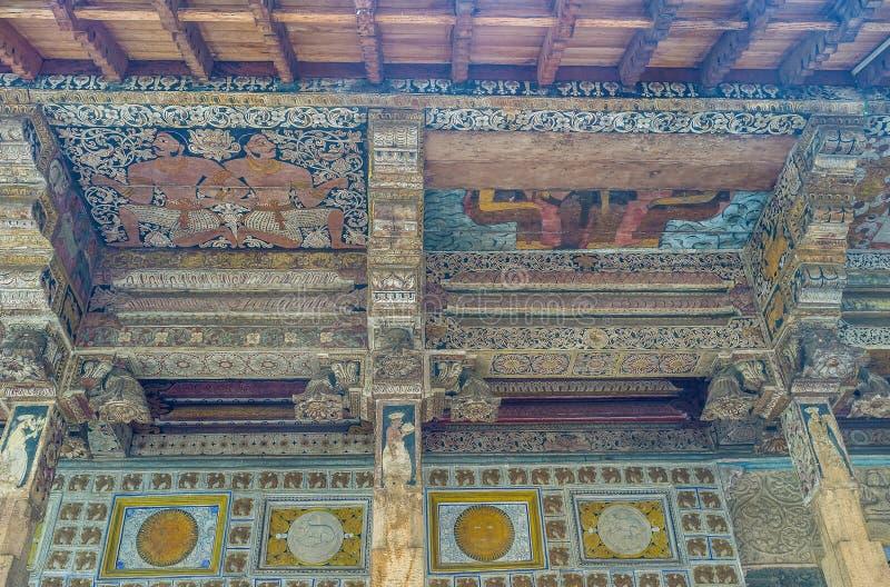 Plafond de sanctuaire intérieur photographie stock