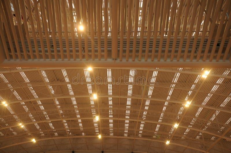 Plafond en acier et en verre photographie stock