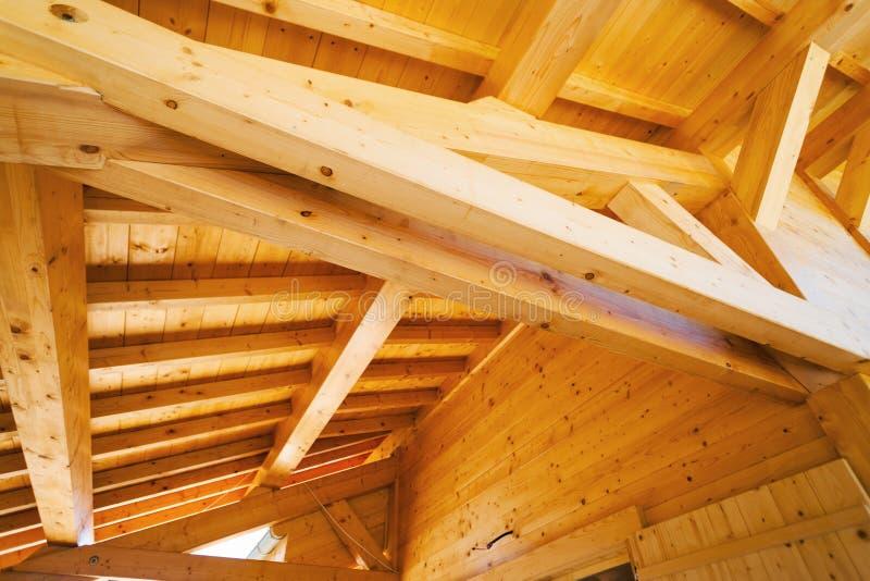 Plafond en bois de toit photo stock