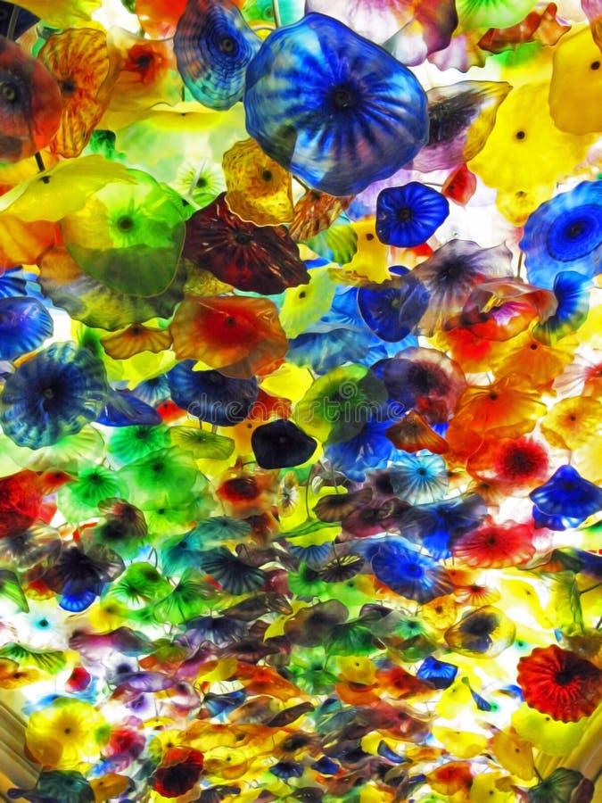 Plafond en verre de fleur de Chihuly image stock