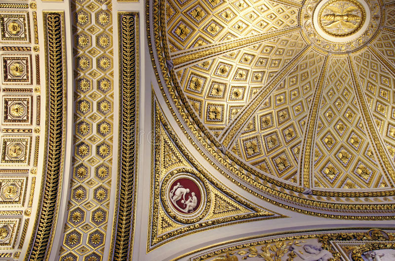 Plafond fleuri photographie stock libre de droits