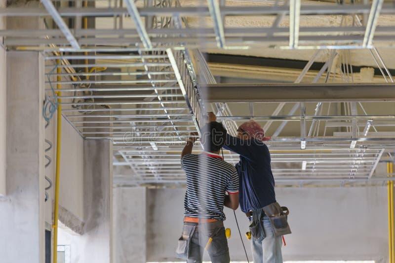 Plafond intérieur de panneau de gypse de construction images libres de droits