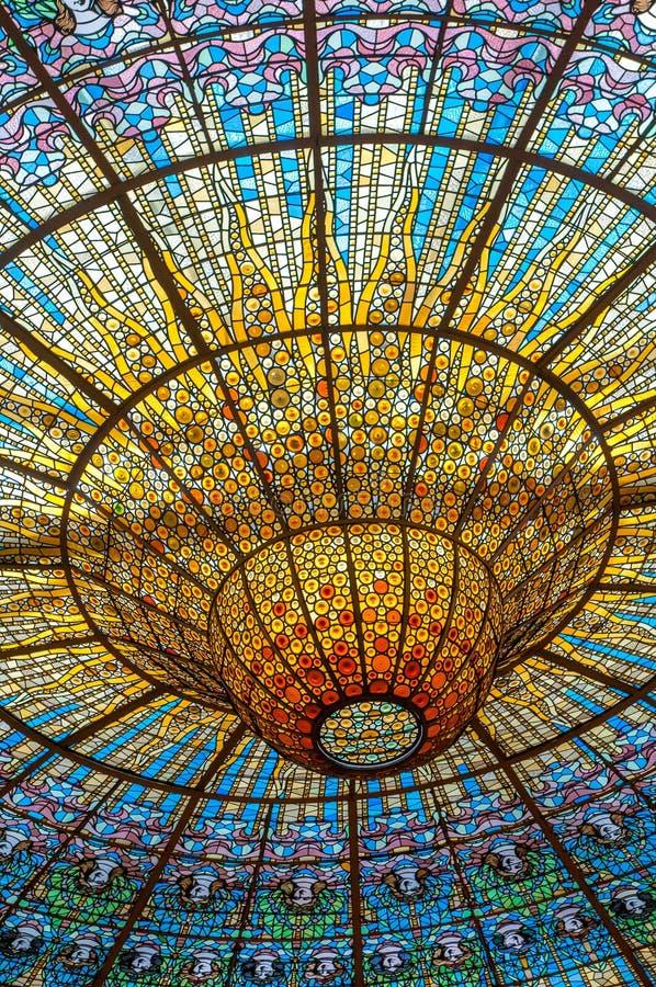Plafond in Misic-Paleis, Barcelona, Spanje royalty-vrije stock foto's