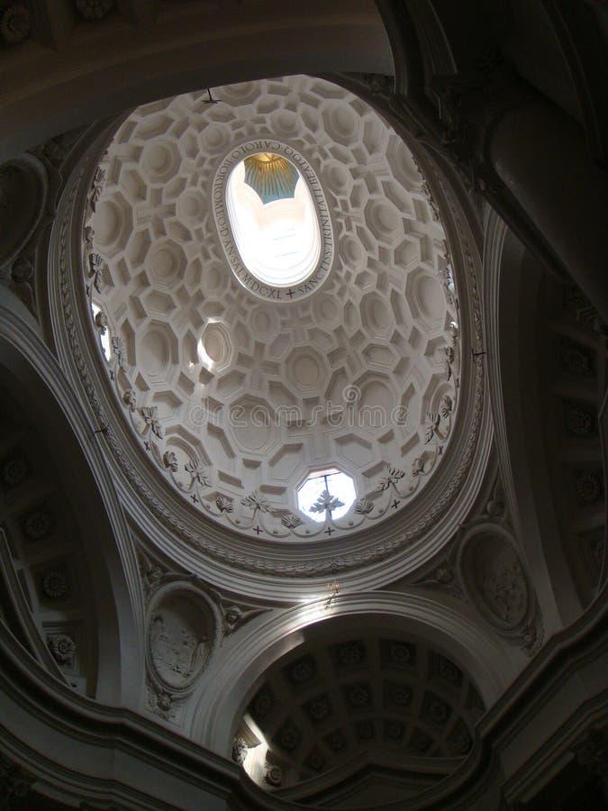 Plafond van de koepel van de kerk van St Charles aan de vier fonteinen in Rome Italië royalty-vrije stock foto