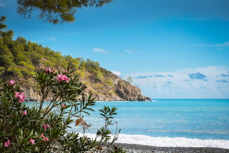 Plage à la mer Méditerranée Antalya, Turquie photographie stock