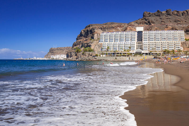 Plage atlantique d'île de Canaria de mamie dans Taurito images stock