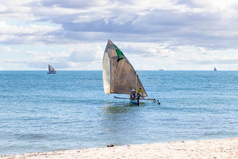 Plage au jour ensoleillé au Madagascar photos stock