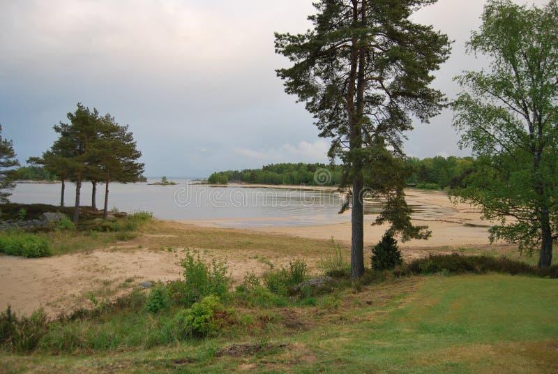 Plage au lac Vänern photos stock