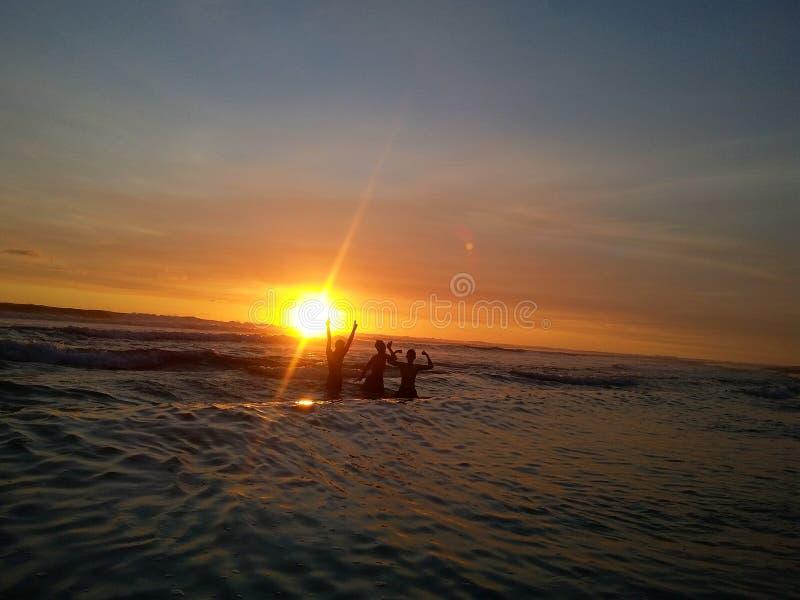 Plage Bali Indonésie de coucher du soleil images stock
