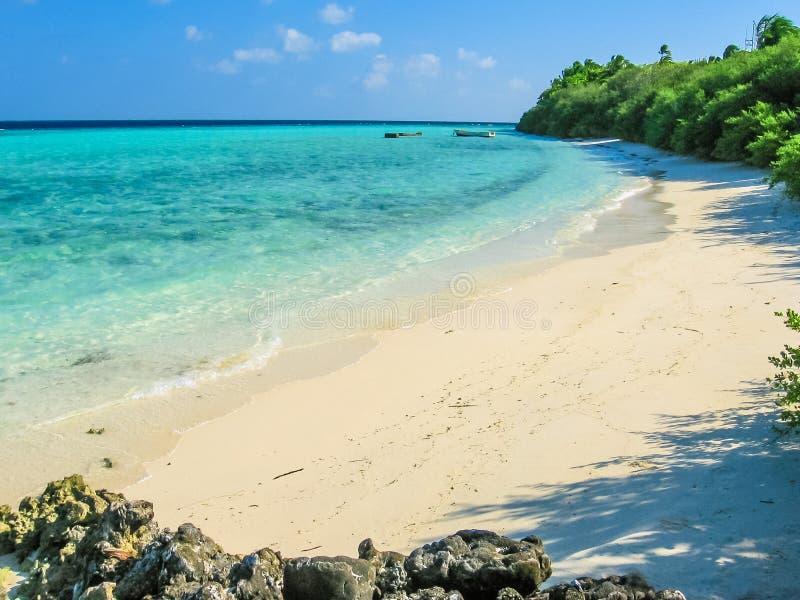 Plage blanche Maldivien photos stock