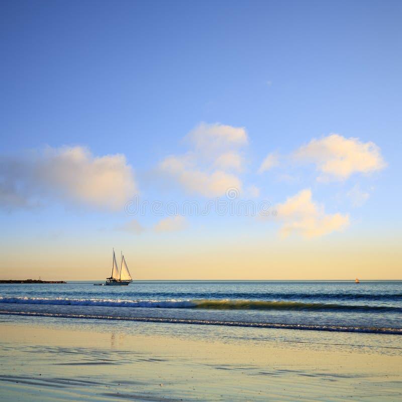 Plage Broome Australie de câble de bateau à voile photographie stock