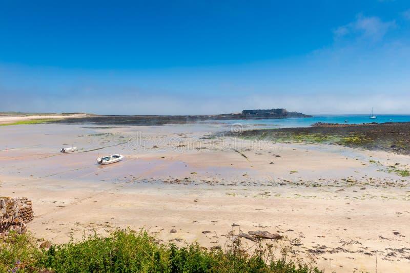 Plage d'Alderney à marée basse photographie stock libre de droits