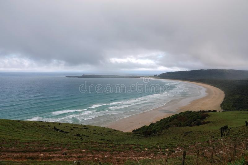 Plage d'or de baie de Tautuku, Catlins, Nouvelle-Zélande photo stock