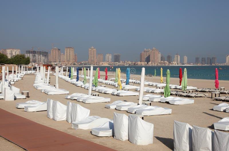 Plage dans Doha, Qatar image libre de droits