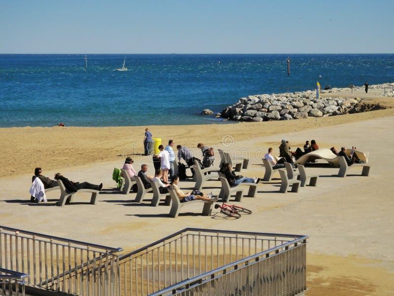 Download Plage de Barceloneta photo stock éditorial. Image du constructions - 56486218
