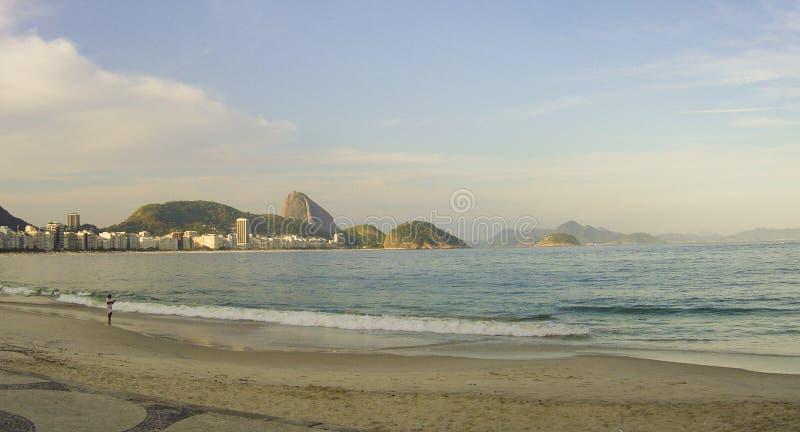 Plage de Copacabana, Sugar Loaf, Rio de Janeiro, Brésil photos libres de droits