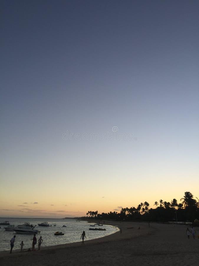 Plage de coucher du soleil images stock