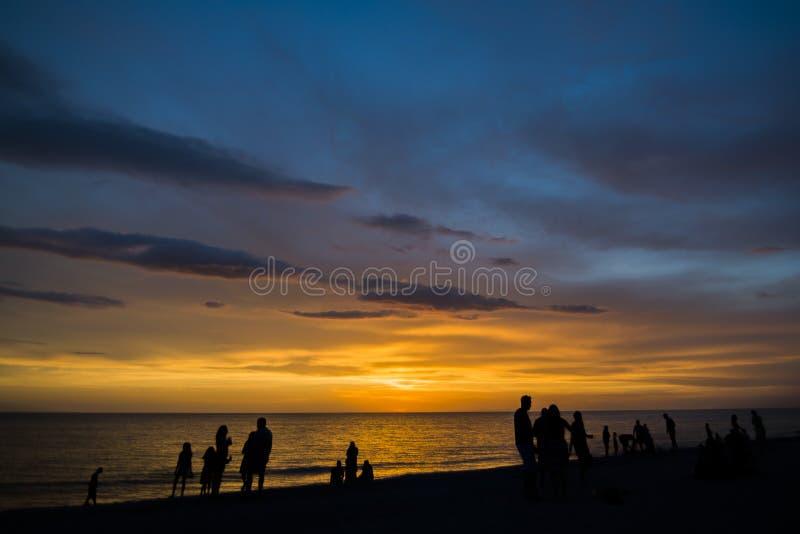 Plage de coucher du soleil photos libres de droits