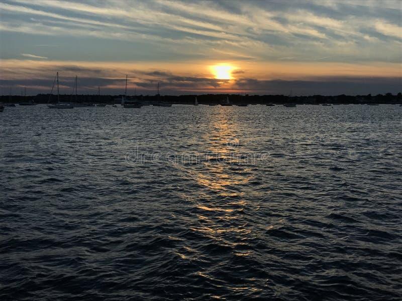 Plage de coucher du soleil photo stock