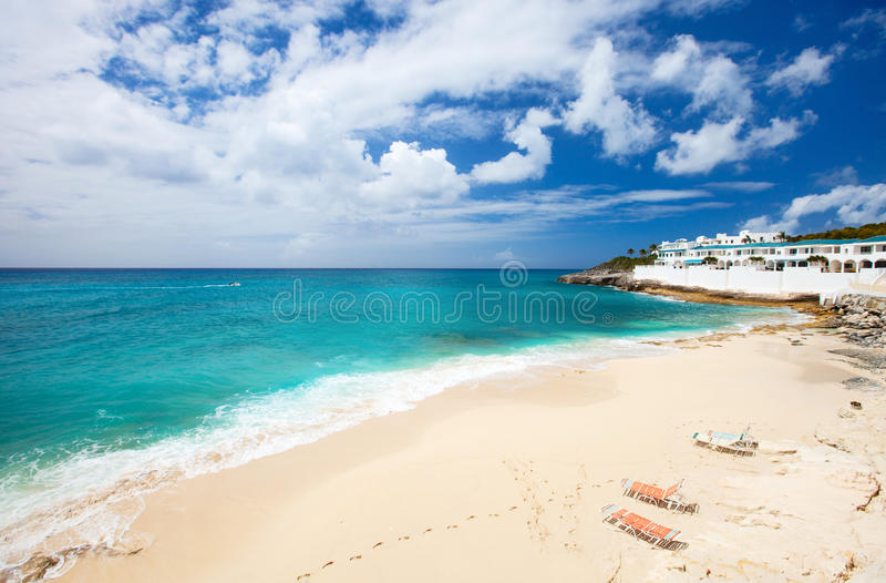 Plage de Cupecoy sur St Martin Caribbean photos libres de droits