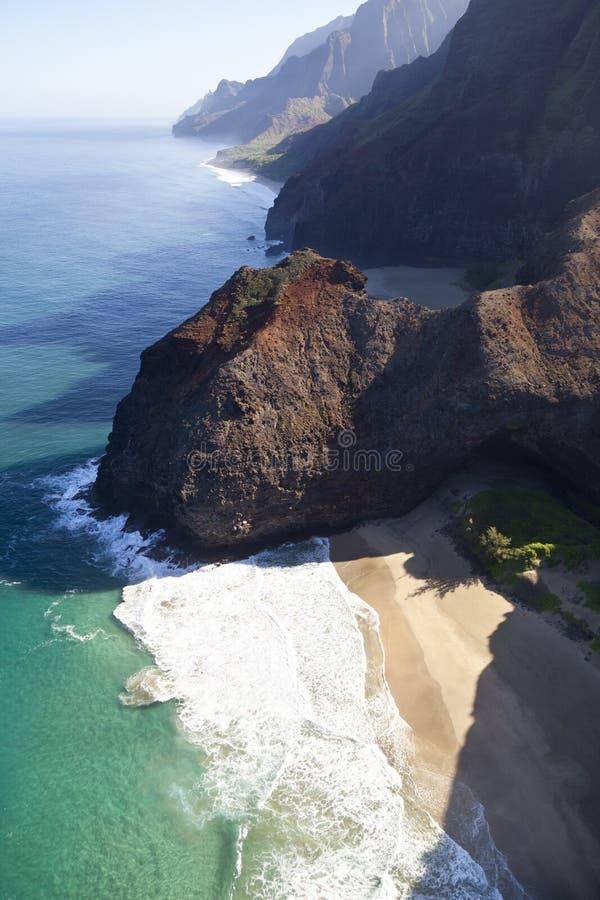 Plage de Honopu de côte de Na Pali, Kauai image libre de droits