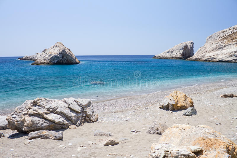 Plage de Katergo, île de Folegandros photos libres de droits
