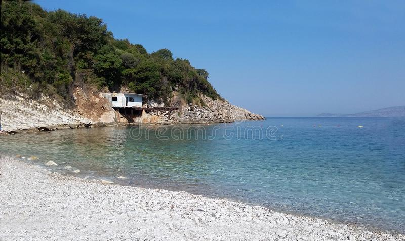 Plage de Manastir, Saranda, la Riviera albanaise, beau paysage marin image libre de droits