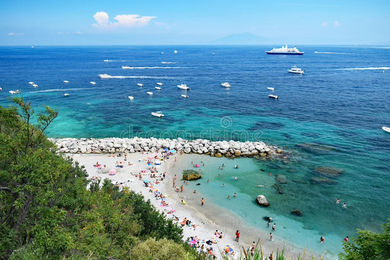 Plage de Marina Grande, Capri, Italie image stock