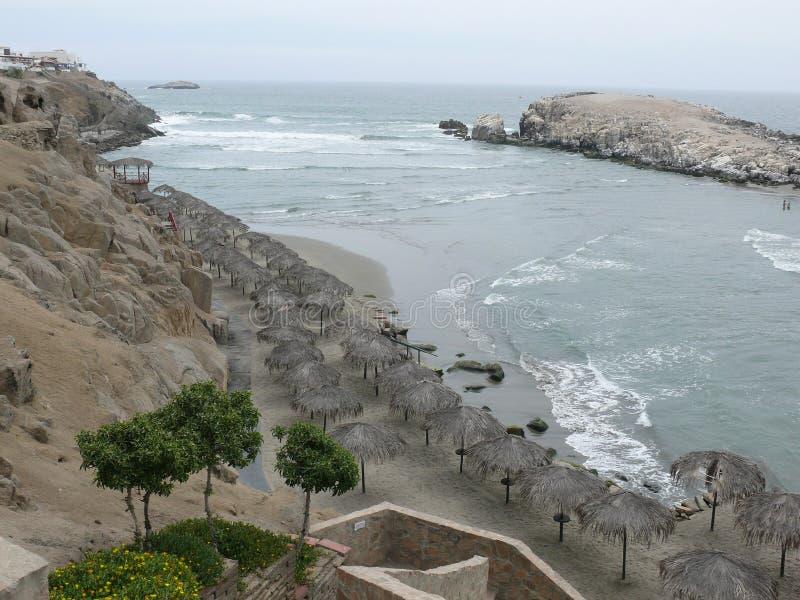 Plage de Puerto Fiel Lima images stock