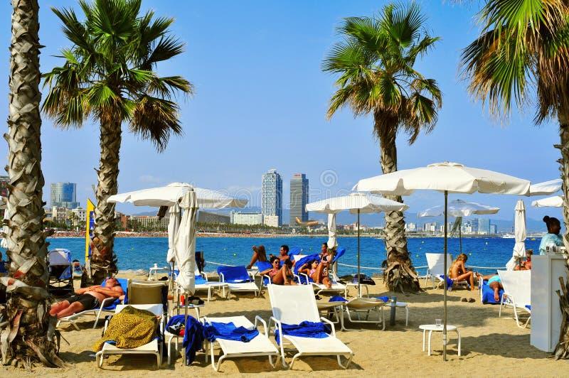 Plage de Sant Sebastia, à Barcelone, l'Espagne image stock