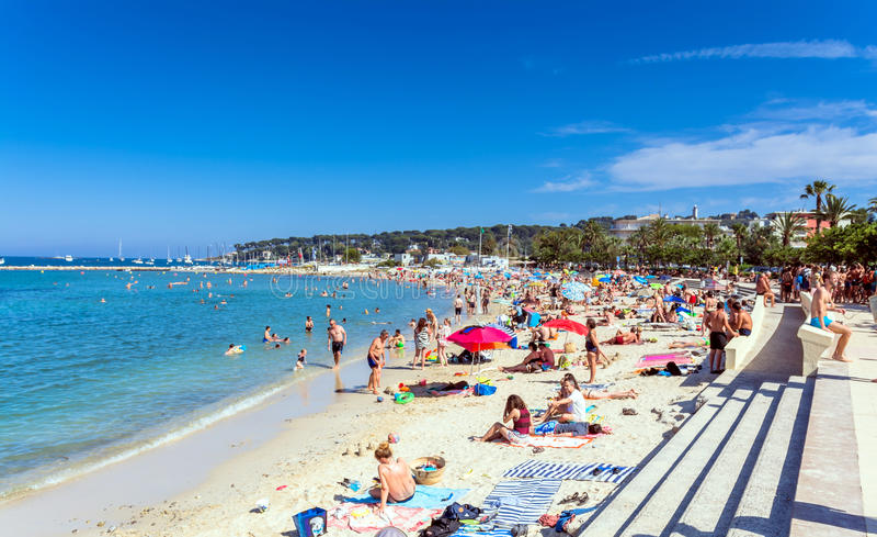 Plage du Ponteil, Antibes, ` Azur, Frankrike för skjul D arkivbild