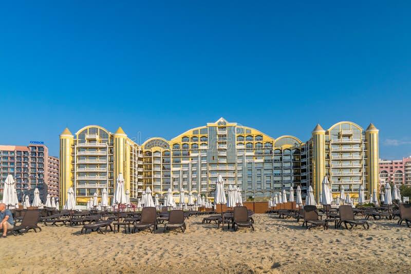 PLAGE ENSOLEILL?E, BULGARIE - 2 SEPTEMBRE 2018 : H?tel de Victoria Palace chez Sunny Beach, une station de vacances sur la c?te d images libres de droits