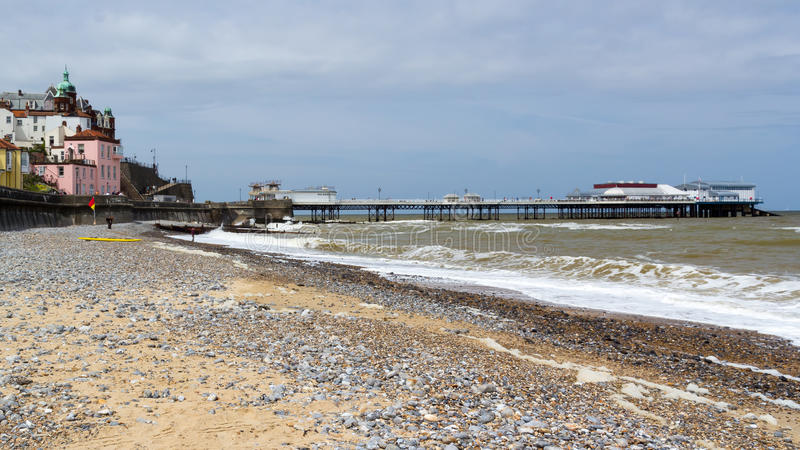 Plage et Pier Norfolk England R-U de Cromer images libres de droits