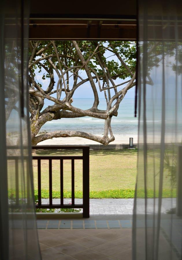 Plage et station de vacances de vacances images libres de droits