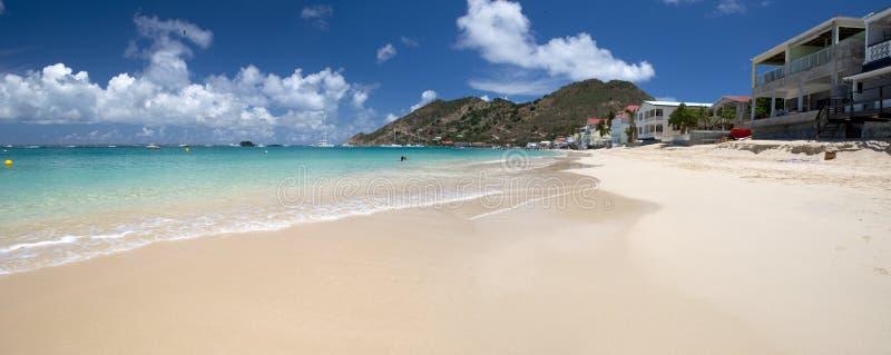 Plage grande de cas à St Martin dans les Caraïbe photo stock