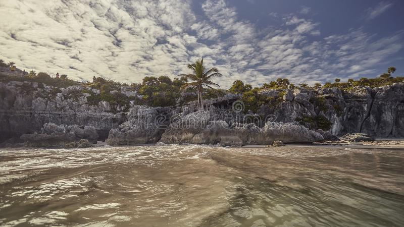 Plage naturelle de Tulum, Mexique photos libres de droits