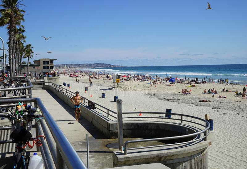 Plage Pacifique ? San Diego, la Californie photos stock