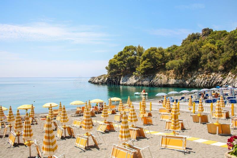 Plage paradisiaque de maratea basilicate italie photo - Image de plage paradisiaque ...
