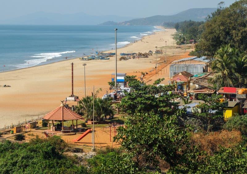 Plage principale de Gokarna, s'étendant dans la distance, point de vue élevé, Karnataka, Inde photos stock