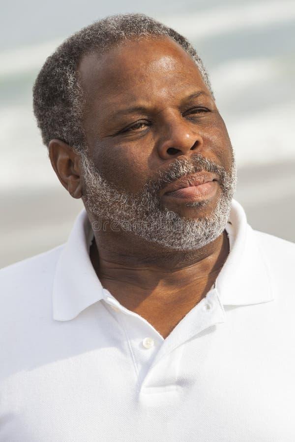 Plage supérieure d'homme d'Afro-américain photo libre de droits