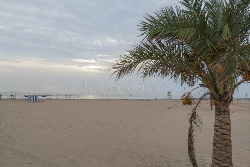 Plage sur la côte de l'Espagne Gandie photographie stock libre de droits