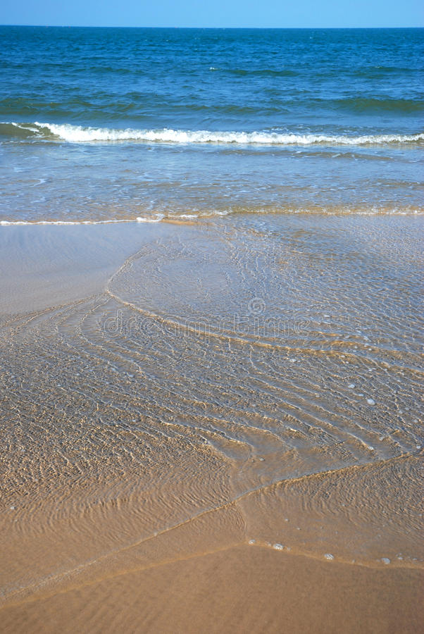 Plage tranquille photo stock
