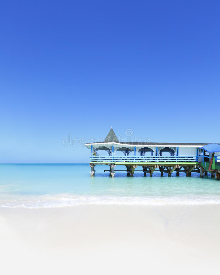 Plage tropicale des Caraïbes photographie stock libre de droits