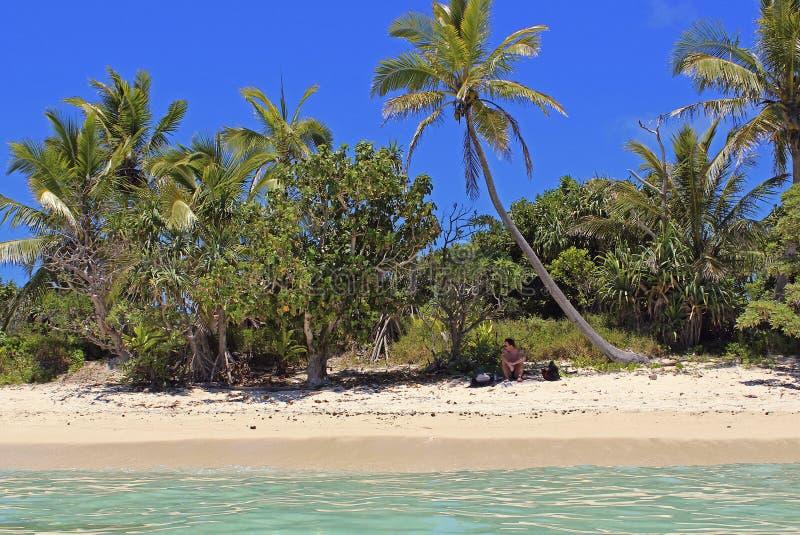Plage tropicale sur l'île de mystère, Vanuatu photos stock