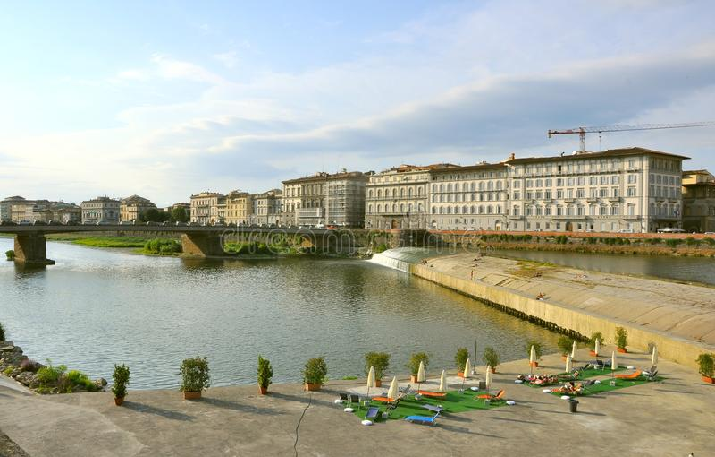 Plage urbaine à Florence, Italie photographie stock