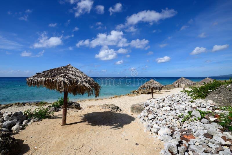 Plages de sable près du Trinidad au Cuba images libres de droits