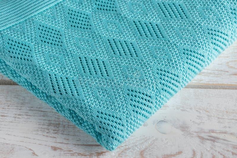 Plaid bleu pour la maison images stock