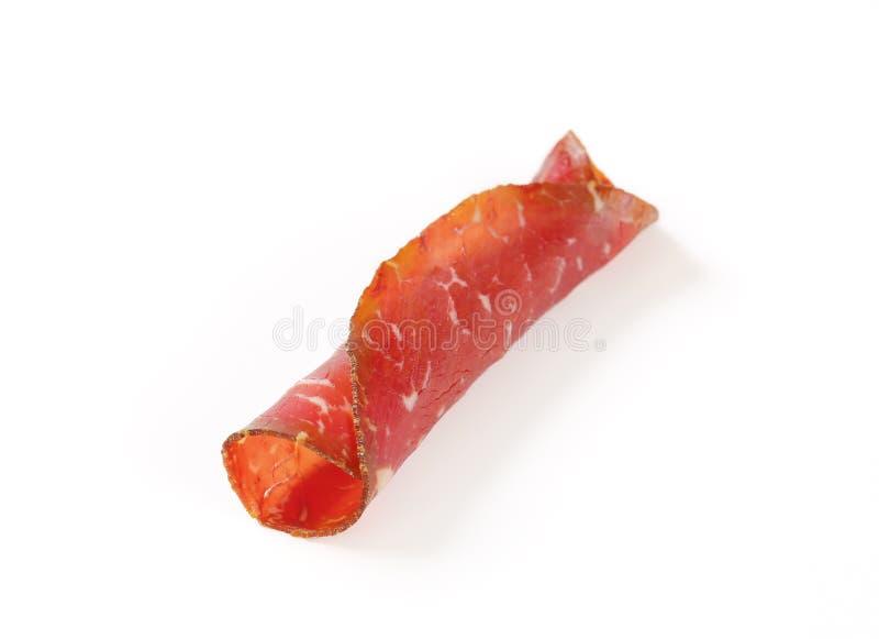Plak van gerookt gemarineerd rundvlees stock fotografie