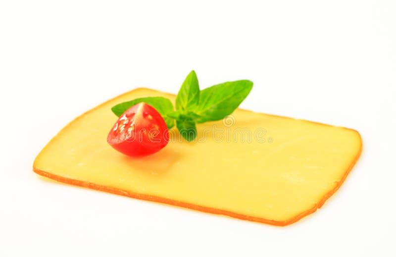 Plak van gerookte kaas stock afbeelding